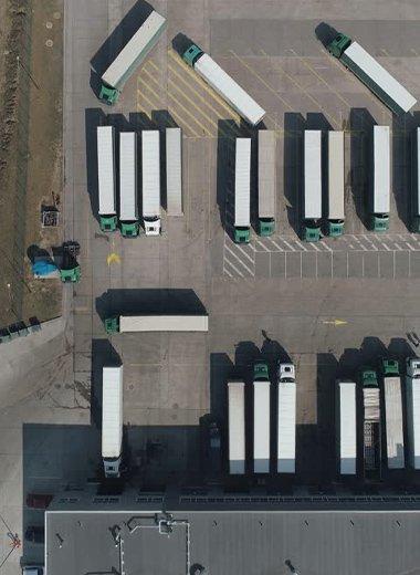 Logistic center scissor lift platform repair ServSwift